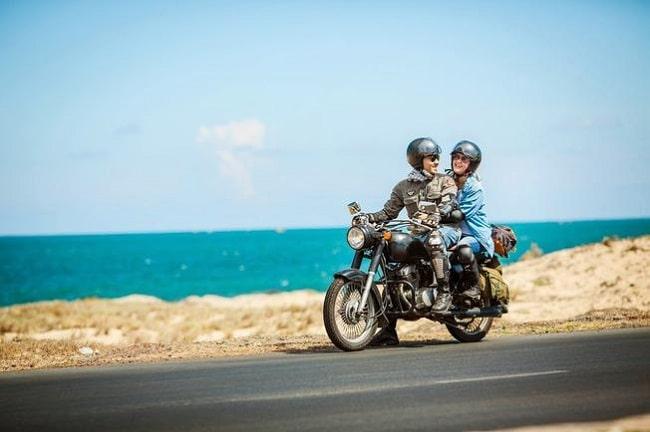 Thuê xe máy để dễ dàng đi lại trong chuyến du lịch của mình