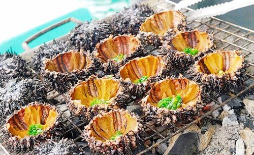 Nhum nướng mỡ hành ở Phú Quốc