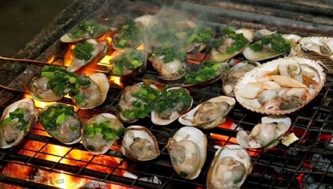Trải nghiệm ẩm thực hải sản hấp dẫn ở chợ đêm Phú Quốc