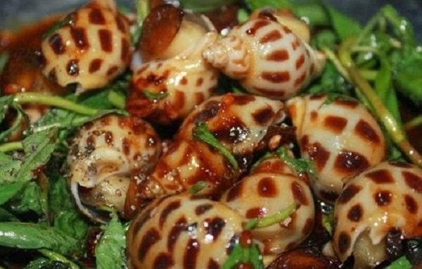 Ốc hương Phú Quốc xào me ngon tuyệt vời