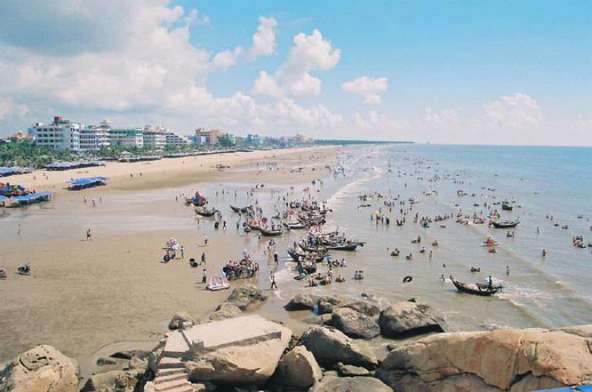 Biển Sầm Sơn buổi sáng