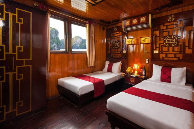 Phòng ngủ trên du thuyền Papaya Cruise