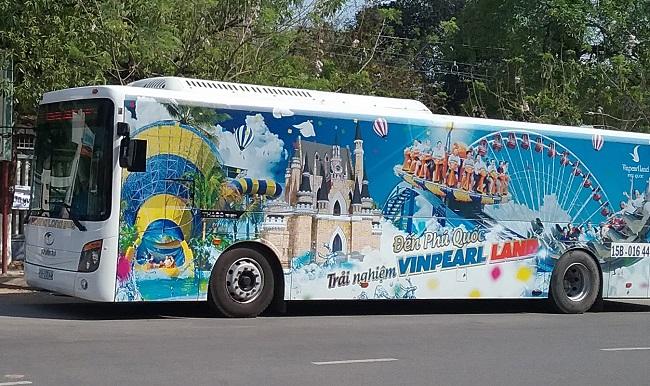 Di chuyển đến Vinpearl Land Phú Quốc bằng xe bus miễn phí đón trả tận nơi